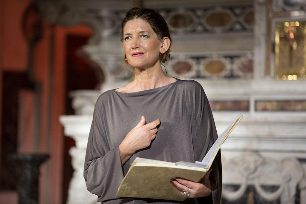 Carla-Peirolero-in-Teresa-Mon-Amour_ph-Giovanna-Cavallo