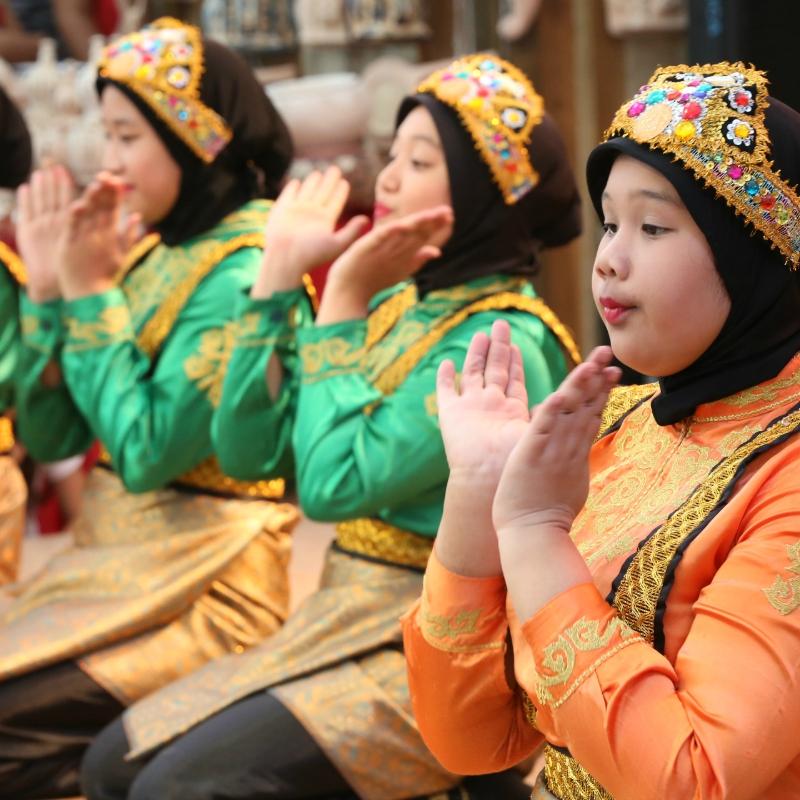 Danze indonesiane al Suq 800x800