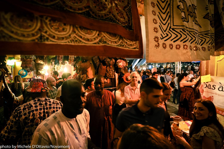 Angolo del mercato al Suq Festival - foto Michele D'Ottavio