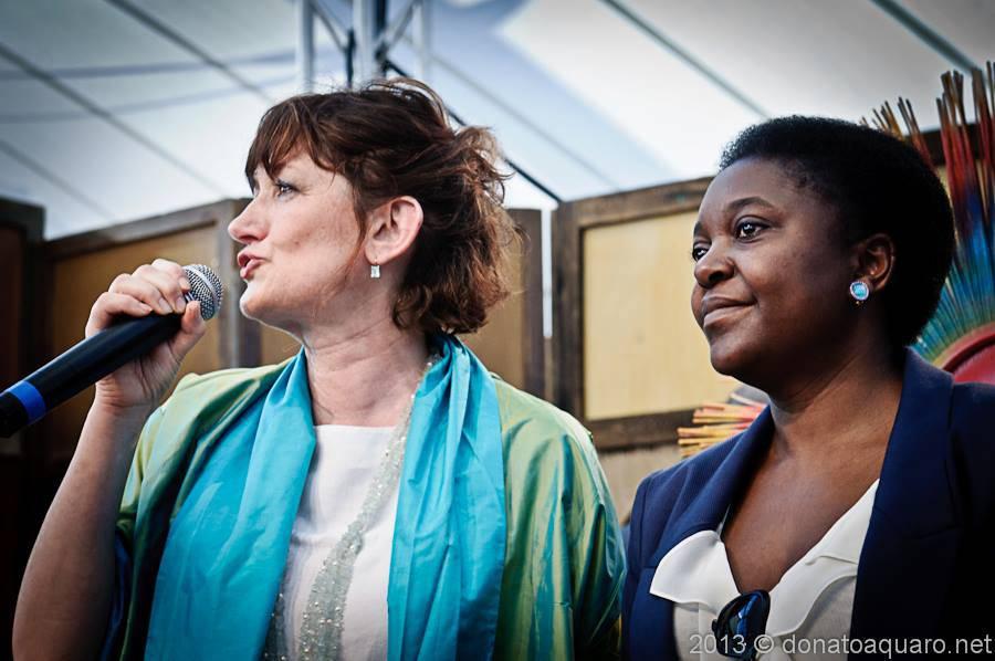 Carla-Peirolero-e-Ministro-Cécile-Kyenge-al-Suq
